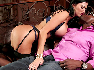 Jasmine Jae goes black and his monster man sausage turns her on