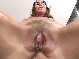 Egghead slobbers on the dick that opens up her asshole