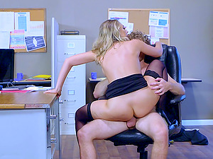 Tiresome day at the office concludes up with a sultry cowgirl rail