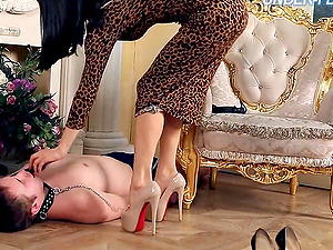 Mistress Gabriella knows how to treat the servant victims