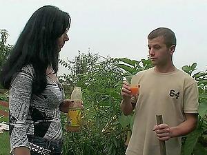 Euro Mom Fucking Her Youthfull Diligent Gardener