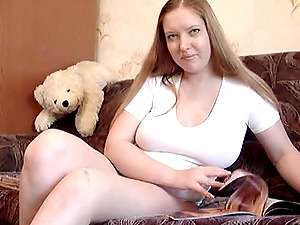 Couch solo Chubby sandy-haired Kyra from wales