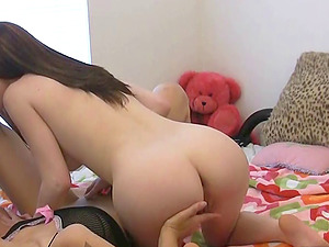 Three kinky chicks are home alone and can do whatever they want!