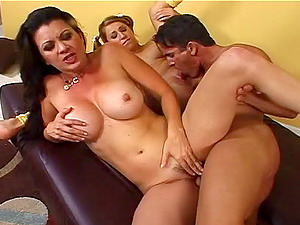 Fortunate stallion gets to have fun with hot ladies' amazing figures