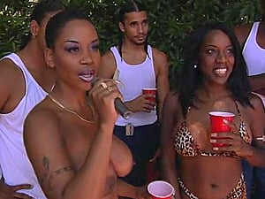 Black butt black dirty dancing then providing dick bj in public