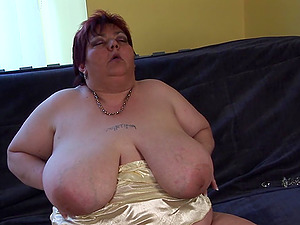 Malinka is an obese chick who loves to masturbates xxx