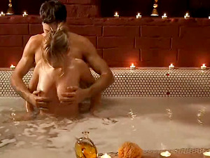 Lovely blonde loves making out with her paramour in a bath