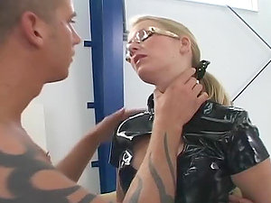 Two guys predominate a blonde and fuck two nasty chicks afterwards