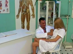 Hot nurse entices her doc to screw