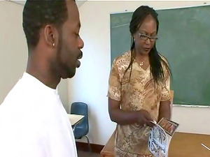 Black butt ebony teacher Ms Townsend banged doggystyle yelling