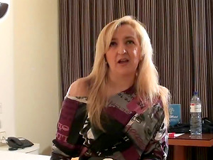 Sexy mature chick Maria has a great time with a big member