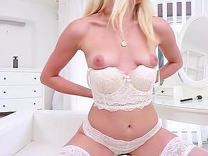 Sexy Blonde Teen Masturbating