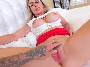 Hot MILF Cory Chase gets to feel a dick in her anus