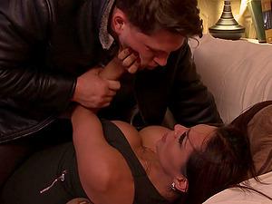 Intense make up banging with Roman Todd and his tgirl Jessy Dubai
