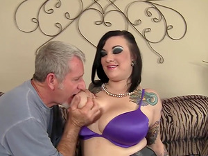Tattooed Plumper Scarlet LaVey Has Big Tits and Loves to Fuck