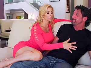 Mature slut Alexis Fawx seduces a handsome man for a sex game