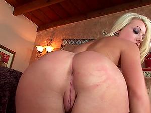 Hot Blond Pleasures Herself To Orgasm