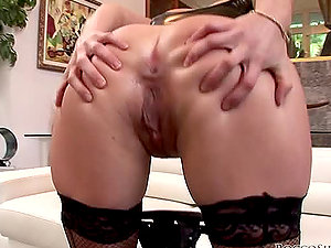 Harmony Rose gets her asshole banged after providing a blowage