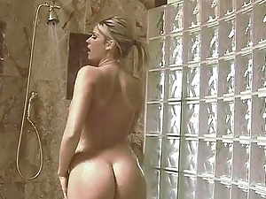 Fayth shaved pussy pleasured with long dick hardcore