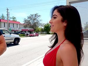Анальный секс с латиноамериканскими проститутками фигуры