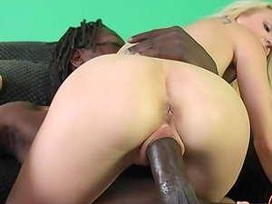 Amanda Bell and Ruth Blackwell are hot blondes in need of a BBC