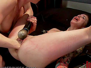 Kinky Blonde Manager Going knuckle deep Her Dark-haired Assistant's Snatch in Hump Dungeon space
