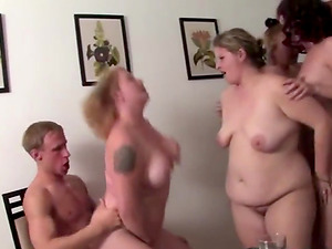 Private amateur party 4 moms and 1 boy