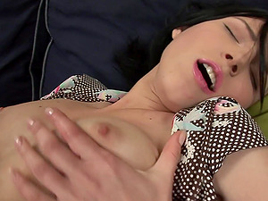 Double penetration game with a lovely brunette chick