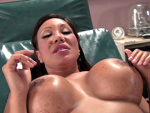 Daniella Foxx in a wonderful FFM threesome with a gynecologist