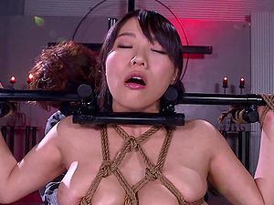 Hogtied Kaho Shibuya cannot feel pleasure if she is not tortured