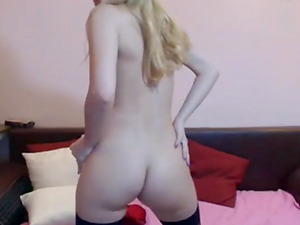 Helen 18 years old blonde woman