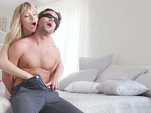 Petite chick Ivy Wolfe knows exactly what he wants from her