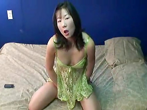 Handsome Japanese girl Swan Jin rubs and finger