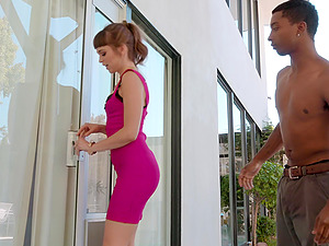 Slim hottie Riley Reid enjoys banging with two guys at once