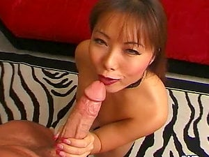 Fujiko Kano shows her stunning cock-sucking abilities to Peter North