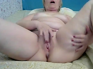 Hot Russian mature masturbates and toys her pussy