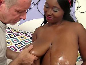 Busty Ebony BBW porno