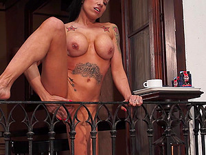 Outdoor Public Balcony Squirting
