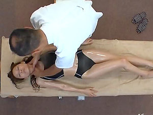 Japanese gymnast Dandy gets fucked by a lewd masseuse