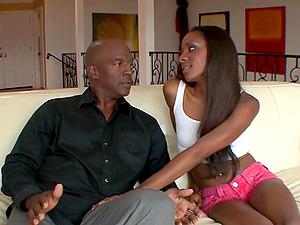 Ebony Teen Jayna Lynn Fucks Boyfriend
