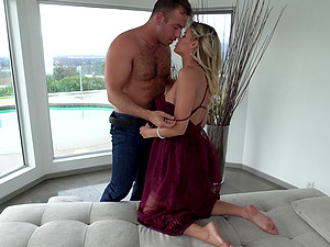 Jessa Rhodes giving a sloppy hardcore blowjob before getting pounded