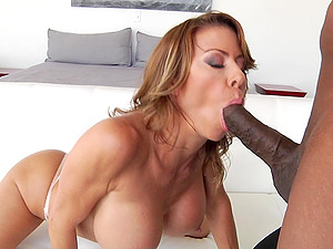Slutty MILF Alexis Fawx has her throat and asshole ravaged by the pool