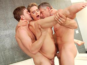 Blonde bombshell babe Mia Malkova ravaged by two guys