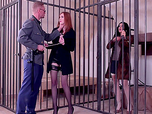 Linda Sweet and Billie Star share a guard's cock to get out of prison