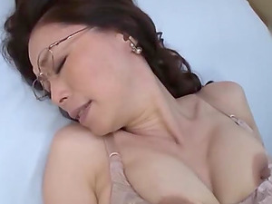 Amateur nerdy Japanese mature babe fingers herself before a hard fuck