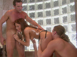 Rough foot fetish MMF threesome with Holly Wellin ravaged on bed