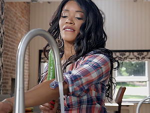 Hardcore kitchen ass fuck with bombshell ebony babe Kiki Minaj