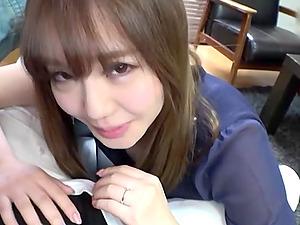 Cute Japanese amateur Kurokawa Sarina gives a titjob wearing a bra