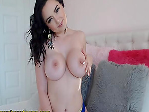 Brunette Babe Sizzling Sexy Live Cam Show