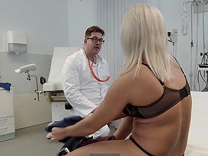 Lilli Vanilli fucks her doctors big cock